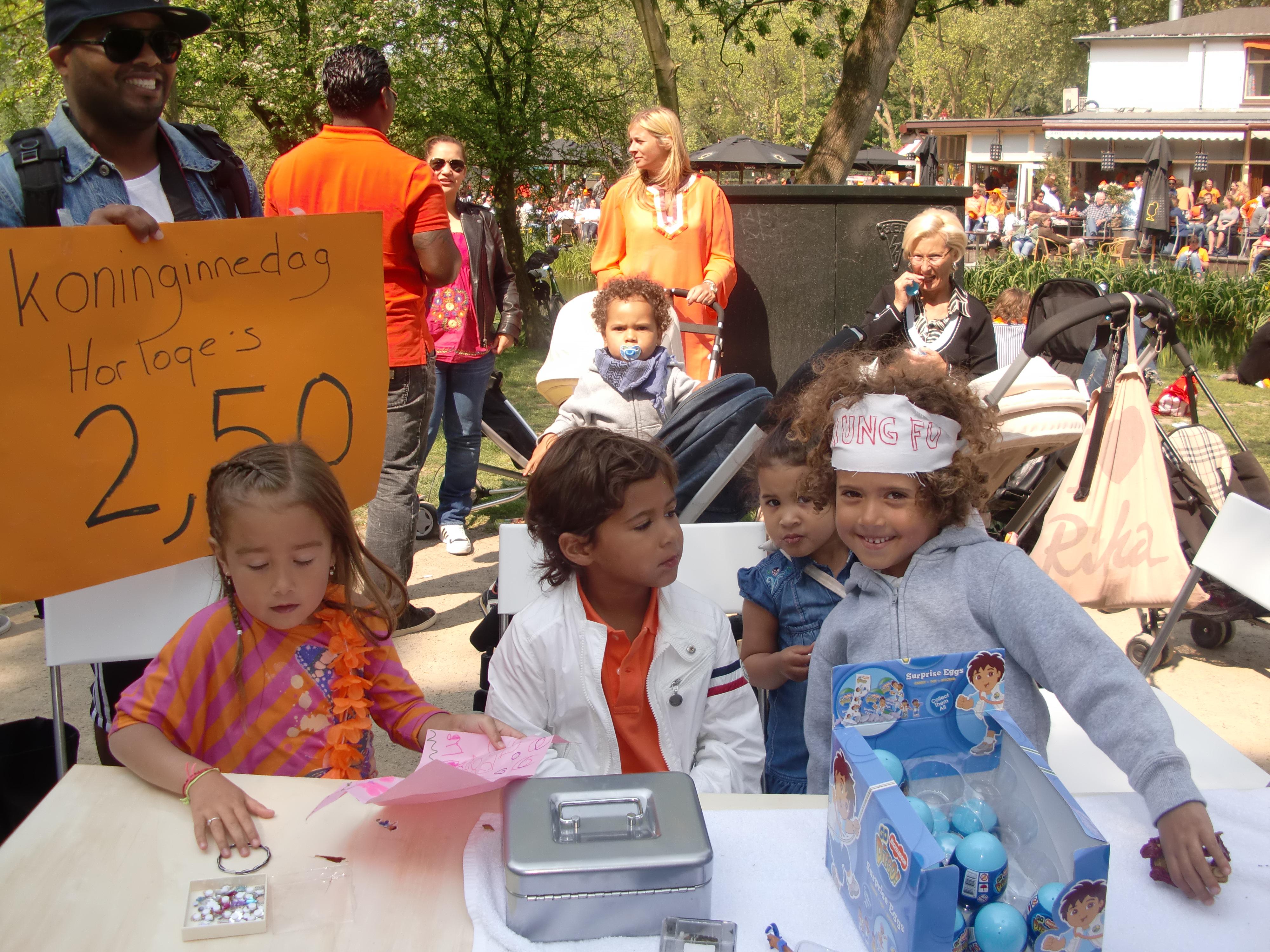 Kids selling stuff in VondelPark, Amsterdam